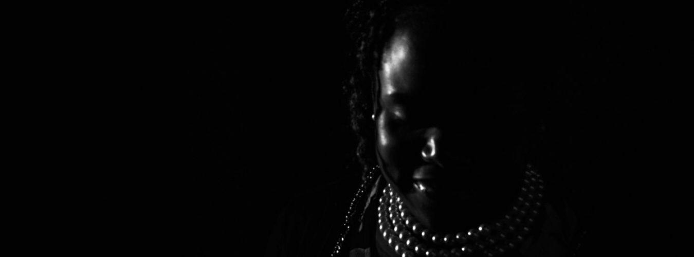 MEA ist ein Musikprojekt von virtuoser Poesie.